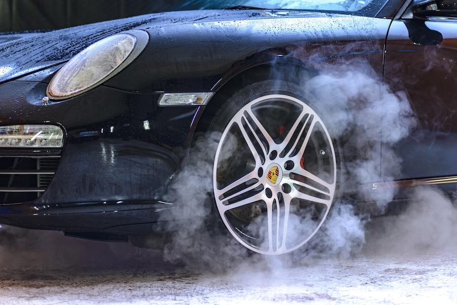 ブレーキダストを防止したい!BMWやベンツのホイールお悩み対策術